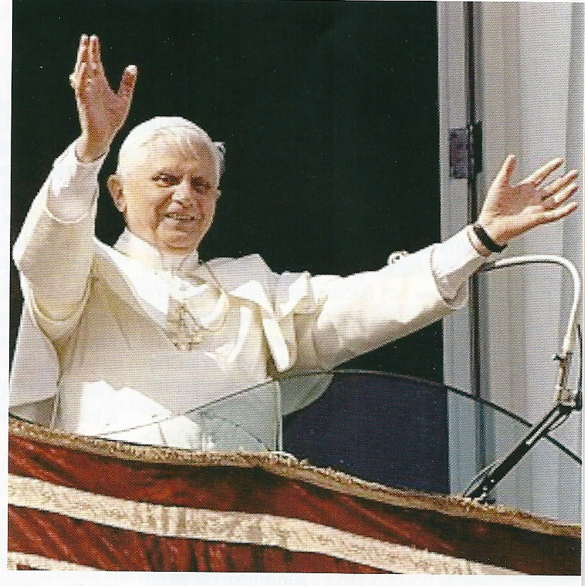 Come il Papa ci ha salutato tanto volte, ora noi salutiamo lui e gli siamo ancora più vicini!