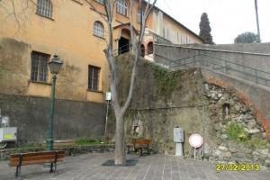lato convento piazza partigiani caduti