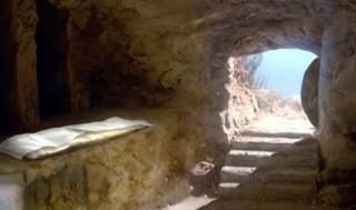 Sepolcro vuoto dopo la risurrezione
