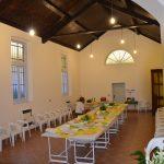 tavoli pronti per l'inaugurazione del salone